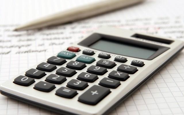 Presentar la declaración trimestral del IVA fuera de plazo